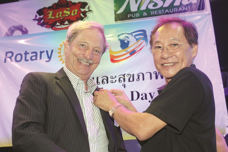 PDG Thongchai Lortrakanon inducts Michael Wuensche